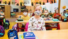 Účast žáků na distanční výuce se zvýšila, pomohlo i technické dovybavení škol
