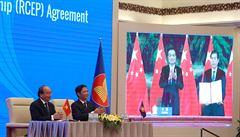 Největší dohoda o volném obchodu na světě. Uzavřela ji Čína, Japonsko a 13 dalších asijsko-pacifických zemí