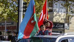 Turci pronikají na 'ruský dvorek'. Sklízí úspěch z arménsko-ázerbájdžánského konfliktu
