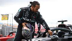 Red Bull bude jiné zvíře, uznal po testech před novou sezonou Hamilton, sám ztrácel