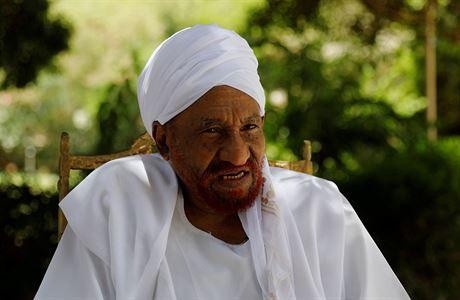 Po nákaze koronavirem zemřel súdánský expremiér Mahdí, poslední demokraticky zvolený premiér