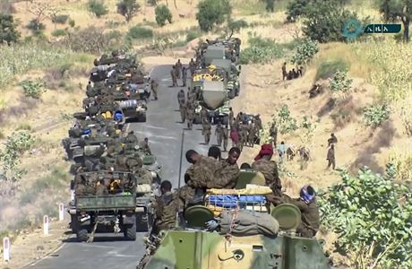 Etiopské město Mekele čelí leteckému bombardování vládními jednotkami, na civilní oblasti prý útočit nebudou