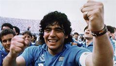 Milionářské dani v Argentině legendární Maradona unikl. Jeho dědicové už ne