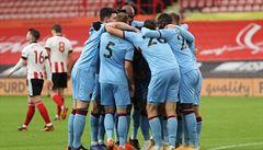 Souček s Coufalem znovu vítězní, Liverpool uspěl i bez opor. Fulham předvedl další komickou penaltu