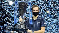 Šampion, který neslaví a doma nedá z ruky PlayStation. Medveděv nyní dobývá tenisový svět