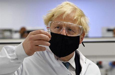 Británie jako první na světě schválila použití vakcíny od Pfizeru a BioNTechu. Dostupná bude příští týden