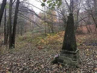 VanDammův pomník. Zde francouzského generála zajali 30. srpna 1813.