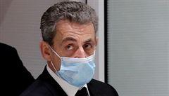 Obžaloba žádá pro Sarkozyho čtyři roky vězení. Exprezident prý chtěl získat tajné informace od soudce