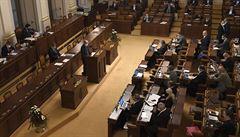 Sněmovna rozhodne o osudu daňového balíčku, řešit bude také prodloužení nouzového stavu