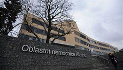 Na infekčním oddělení kladenské nemocnice se zastřelil 86letý pacient. Byl pozitivní na covid