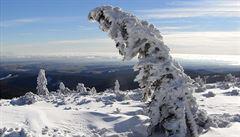 Lavina v Jeseníkách zasypala skialpinistu, navzdory resuscitaci zemřel