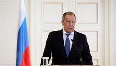 Lavrov objasnil zařazení Česka a USA na seznam nepřátelských států. 'Rozmazávání Vrbětic je ostudné'