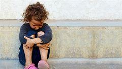 Ve vzdělávání se dál objevuje diskriminace romských dětí