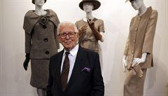 V 98 letech zemřel francouzský módní návrhář Pierre Cardin. Byl držitelem několika řádů a ocenění