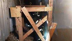 V Olomouci se zřítila stěna neobydleného domu, mimořádný zásah trval hasičům několik hodin