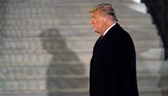 Trump ještě v Bílém domě naléhal na ministerstvo, aby podpořilo jeho stížnosti na prezidentské volby