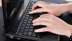 Třetina uživatelů internetu používá moc jednoduchá hesla