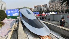 Čína představila nejrychlejší vlak na světě. Do běžného provozu by se mohl zapojit do deseti let