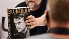 LÉKO: V Česku se odehrává progresivní boření mýtu, jenž desetiletí obklopoval Milana Kunderu