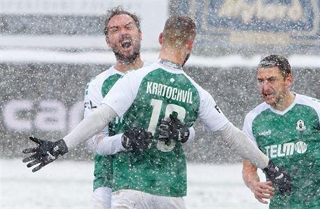 Jablonec nezastavilo ani husté sněžení, z výhry se radovala i Plzeň