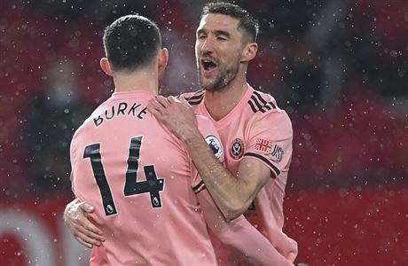 Manchester United utrpěl šokující porážku s posledním Sheffieldem, Tuchel nezvládl premiéru v Chelsea