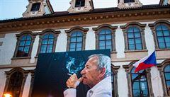 Senát vyvěšením portrétu připomenul roční výročí od úmrtí svého předsedy Jaroslava Kubery