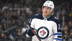 Další trucující hvězda v Evropě. Po Nylanderovi čeká na vylepšený kontrakt v NHL i Laine