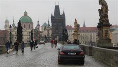 Karlův most: Pražská bezpečnostní díra v ochraně měkkých cílů