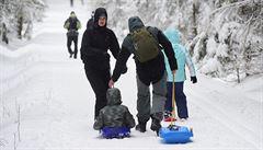 Češi po tisících zamířili do hor, počasí porazilo vládní regulace. Zjišťovali jsme, jak to vypadalo ve skiareálech