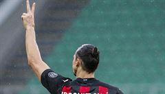 Zlatan zpěvákem. Ibrahimovic zazpívá na festivalu duet s trenérem Boloni, vynechá dva zápasy