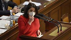 Sněmovna schválila nová pravidla kurzarbeitu. Zaměstnanci by mohli být doma až čtyři dny týdně