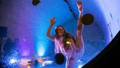 'Umělci v kobkách'. Na pražské náplavce probíhá festival Cirkopolis