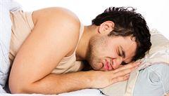 Léčba nespavosti může zmírnit deprese a úzkost, věří vědci