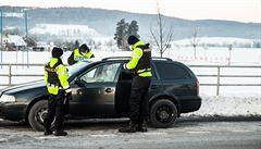 Uzávěra okresů zatím probíhá podle policie bez větších komplikací. V oblastech se tvoří mírné kolony