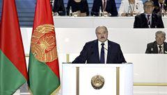 Lukašenko: Každá rodina musí být ozbrojena. Nepřítel v případě konfliktu pochopí, že se má držet dál