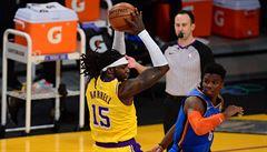 VIDEO: K trojkovému rekordu a vítězství Chicaga přispěl i Satoranský. Lakers se dotahují na čelo tabulky