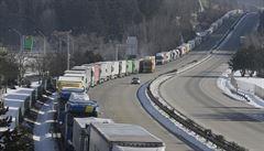 Ministr Havlíček požádá Německo o zmírnění opatření vůči českým kamionům. K požadavku se připojí i další státy