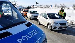 Německo prodloužilo kontroly na hranicích s Českem i Tyrolskem, tam se však situace zlepšila