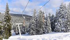 Na horách zůstává dost sněhu, v nížinách už se projevily vysoké teploty oblevou