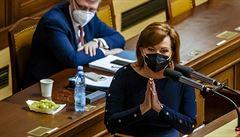 Sněmovna schválila díky podpoře komunistů prodloužení nouzového stavu do 11. dubna