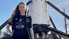 Mladá žena, která se vyléčila z rakoviny, poletí do vesmíru