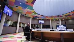 Evropští lídři hodiny ladili společný postup proti covidu. Rakousko chce zavést pasy pro turisty, klidně bez dohody