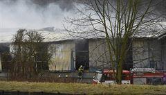 Hasiči v Chrastavě ukončili zásah po požáru průmyslového objektu, škoda je zhruba 100 milionů korun