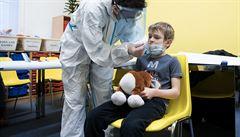 Testování ve školách pro děti zdravotníků? Bylo by vhodné, aby se začalo, řekl Hamáček