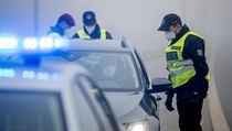 Contrôles de police à Zličín, Prague.  |  sur le serveur Lidovky.cz |  actualités