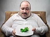 Obezita pravděpodobně urychluje stárnutí mozku, ukázala mezinárodní studie s českou účastí