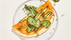 Vejce a chřest jsou skvělá kombinace. Vyzkoušejte bílkovou omeletu