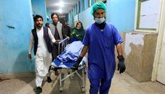Neznámí ozbrojenci v Afghánistánu zastřelili tři zdravotnice. Ženy podávaly vakcíny proti dětské obrně