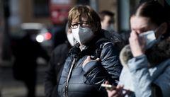 Jak se šíří covid? Němečtí experti popsali, jak nebezpečný je aerosol a jak se chránit