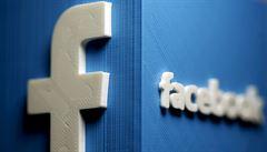 Trumpovy účty jsou zablokovány nejméně do ledna 2023, oznámil Facebook. Urážka, reagoval exprezident